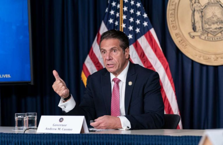 Gropener Cuomo allegedly reached under aide's blouse and 'aggressively groped her' in governor's mansion