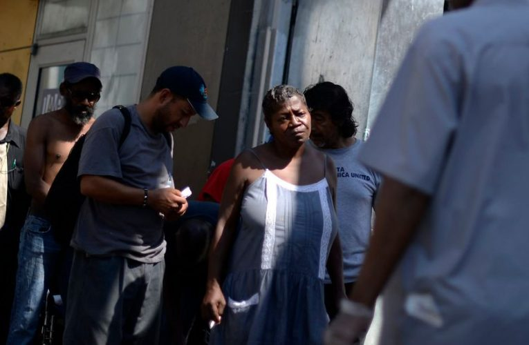 City Of Oakland To Give Low Income Families Of Color $500 Monthly