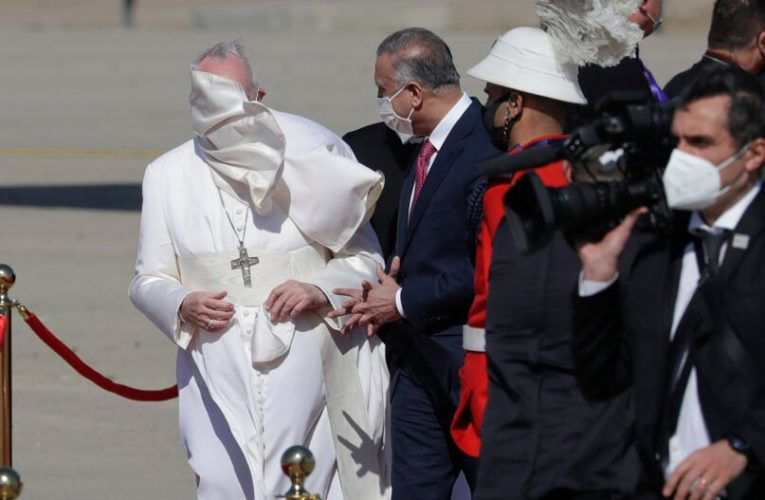 Pope's wind-whipped mantle drives Vatican tailors to consider Velcro